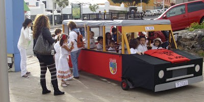 The kids' carnival bus, Breña Baja, La Palma