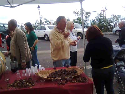 Free chestnuts and wine at Mazo Farmer's Market