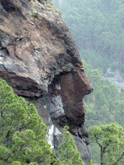 Rock formation which looks like Napoleon