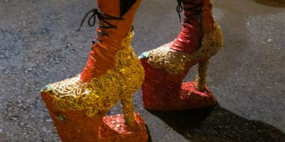 Amazing drag queen shoes at the sardine's funeral in Los Sauces