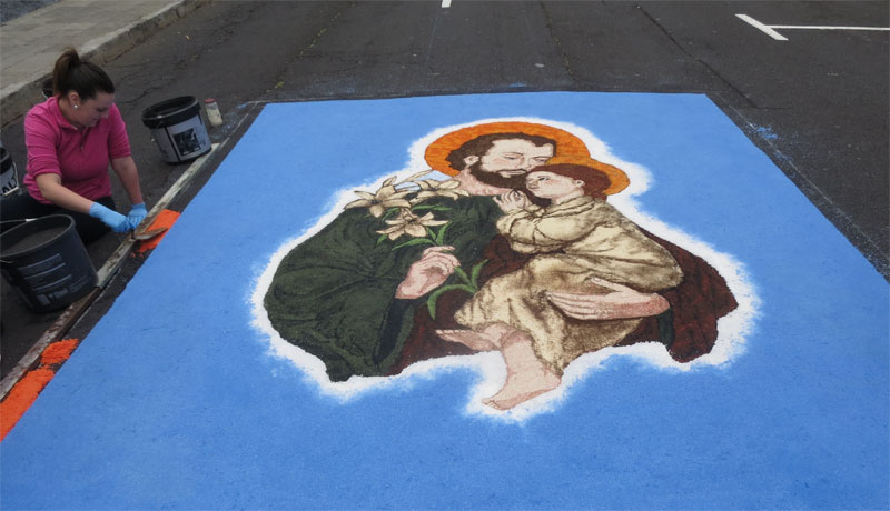Salt carpet in San Jose for Corpus Christi, 2017