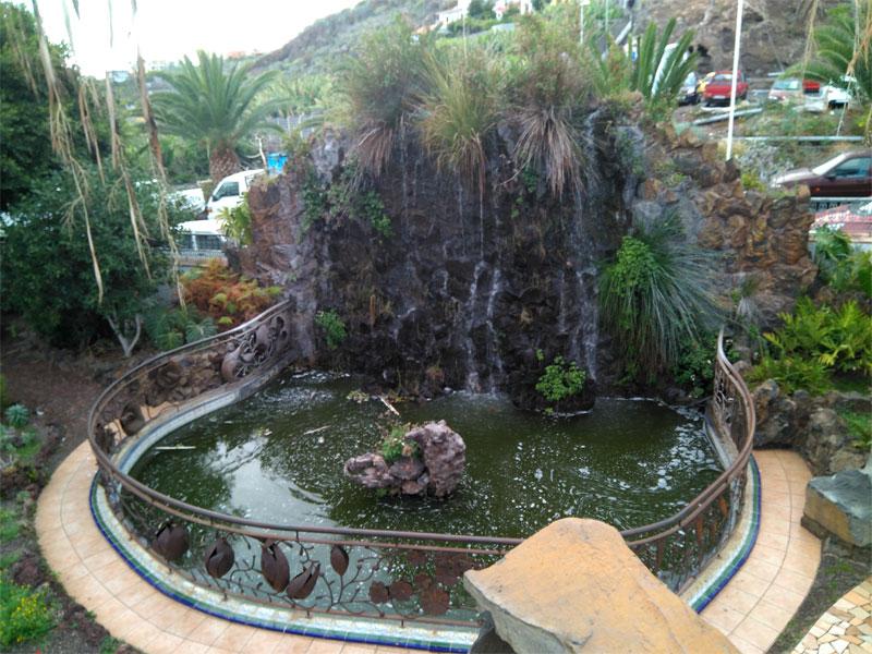 Waterfall and pond, Antonio Gomez Felipe park, Los Llanos de Aridane