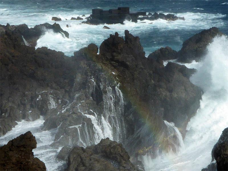 A rainbow in the spray, Los Cancajos, La Palma
