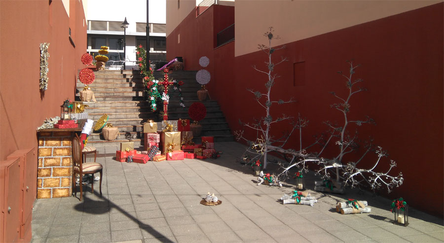 Christmas decorations for fiesta de la Cruz, Santa Cruz de La Palma